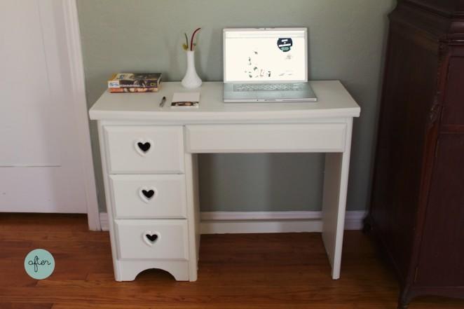 heart_desk 221
