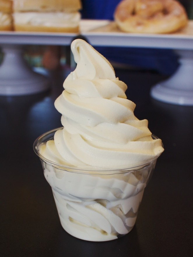 vanilla_custard_soft_serve-vegan_treats 230
